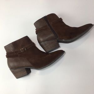 AMERICAN EAGLE women's ANKLE BOOTS SIZE 9